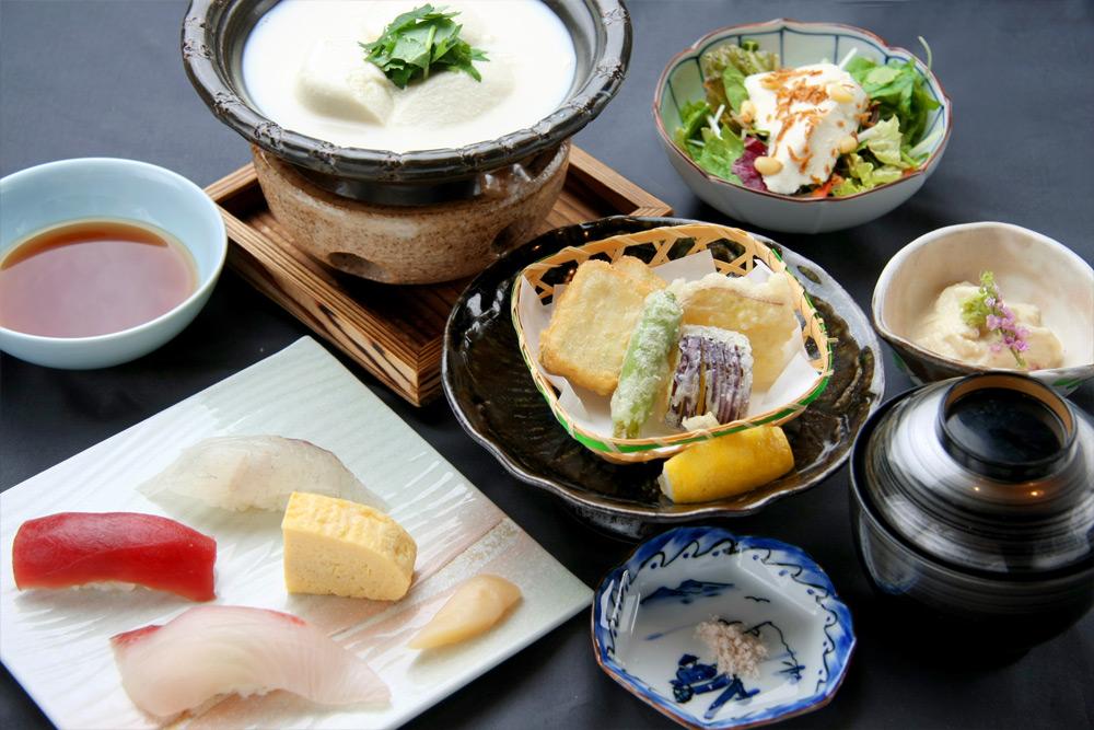 美肌豆腐遊膳